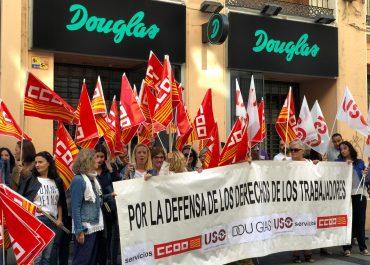 El conflicto en Douglas España: qué destino les espera a los empleados del sector beauty