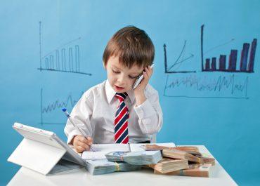 Menores en el trabajo: todo lo que necesitas saber antes de que tu hijo comience una carrera