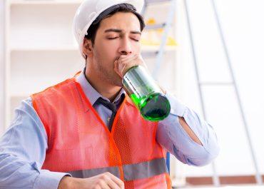 ¿Son legales las pruebas de alcoholemia en el trabajo?