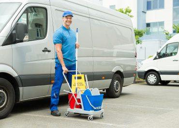 ¿Cómo montar una empresa de limpieza en 2021?