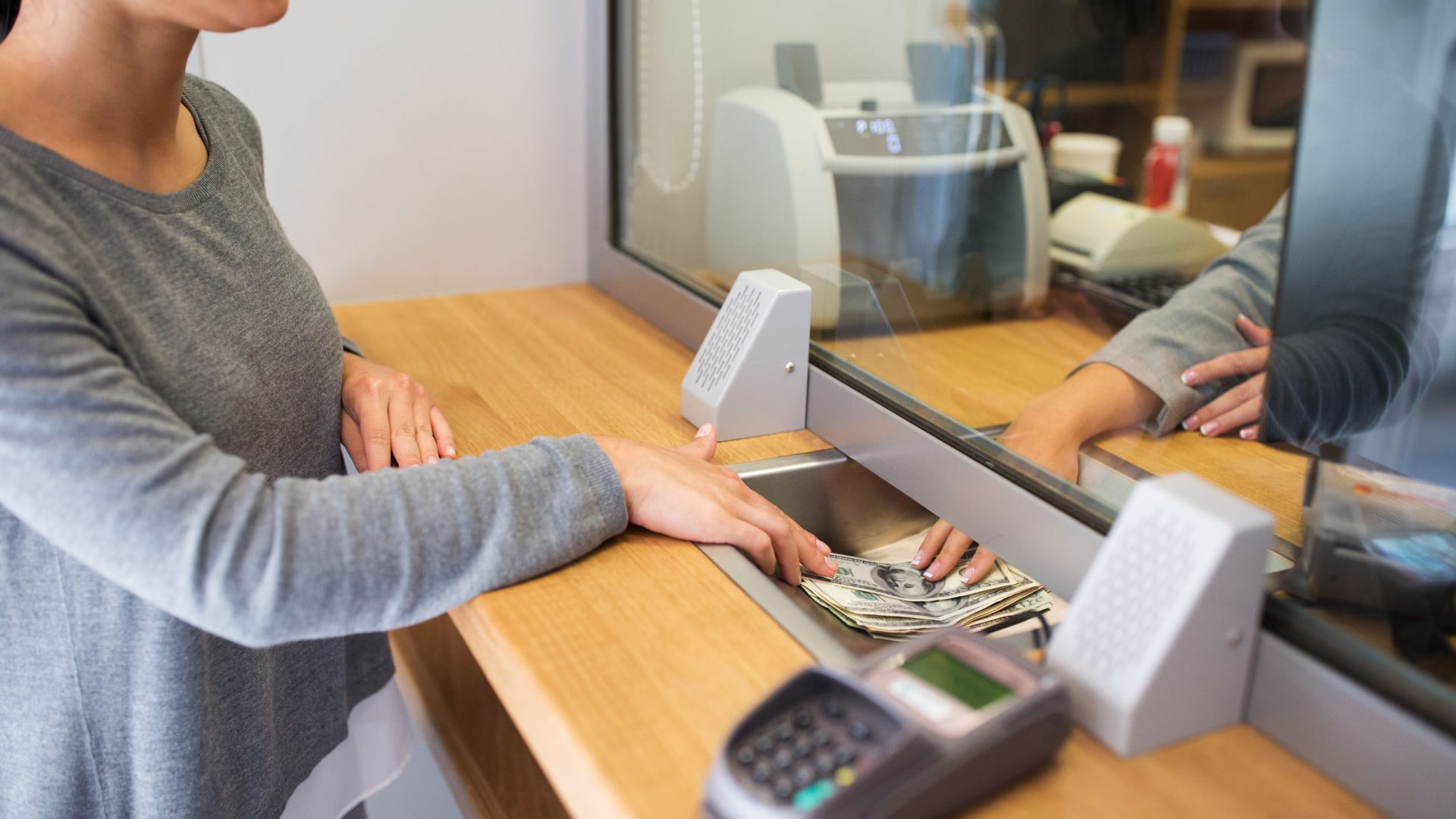 trabajar en un banco