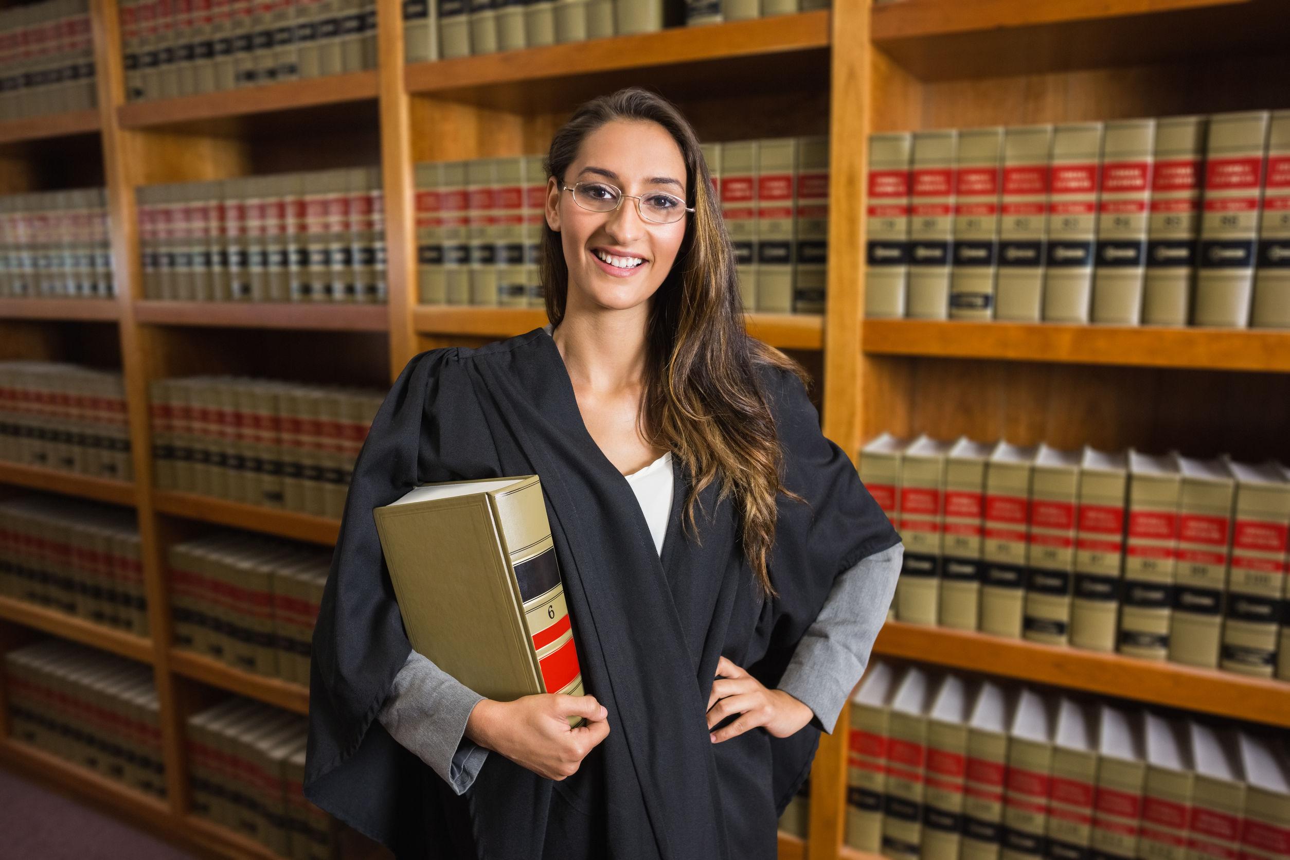 Oportunidades de la Carrera de Derecho ¿Dónde trabajar? ¡Lo que debes saber!