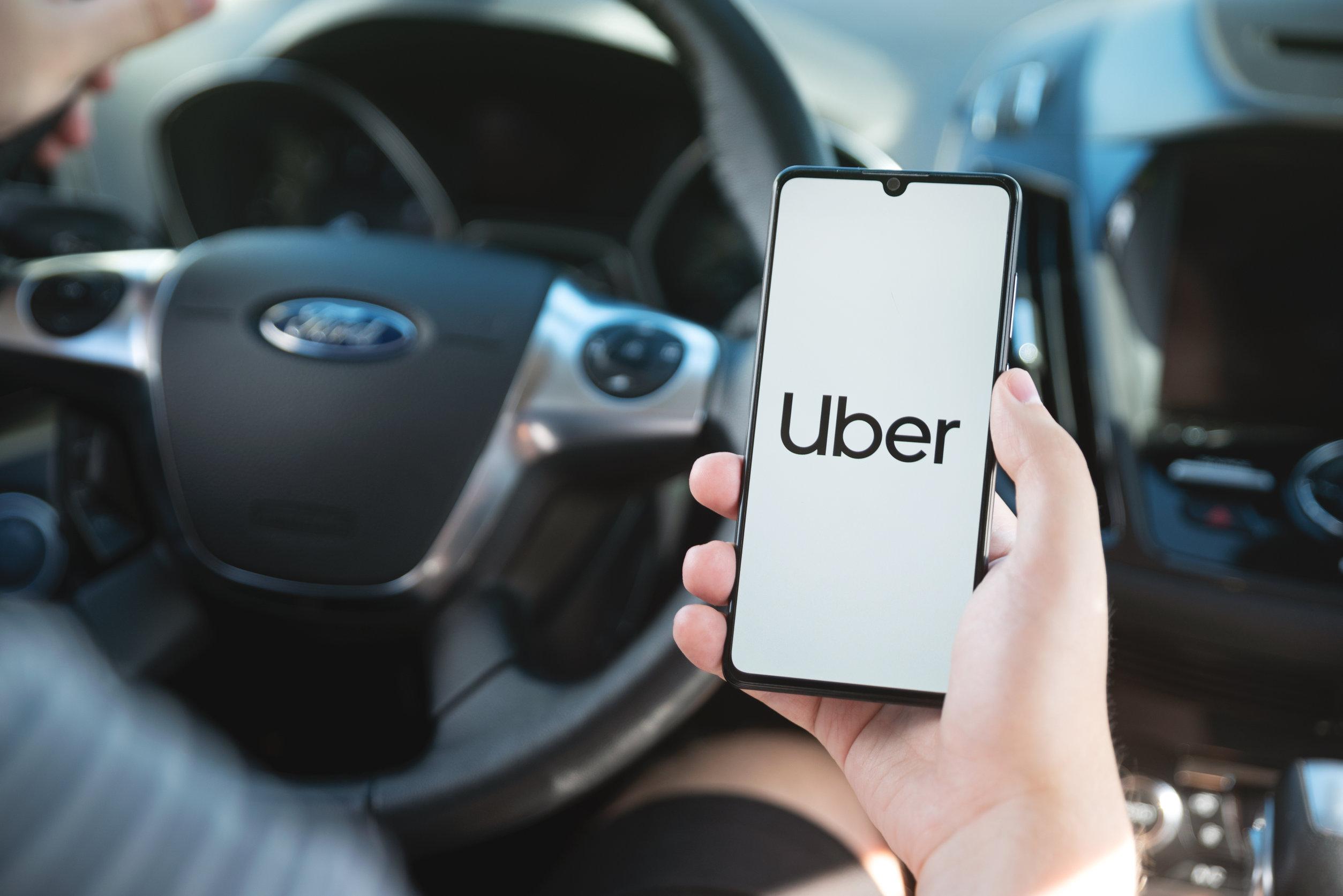 ¿Cómo trabajar en Uber? Requisitos y condiciones de este trabajo en España